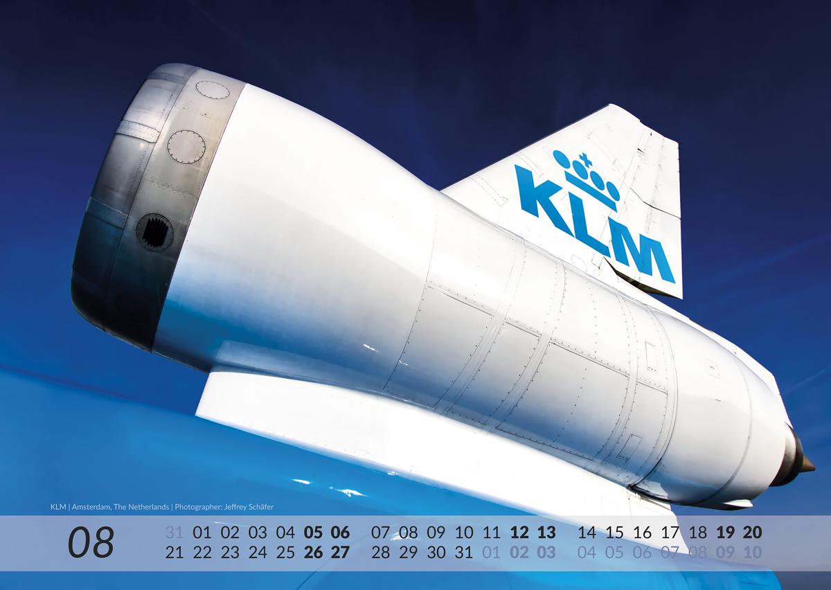 MD-11 Calendar 2017 August image